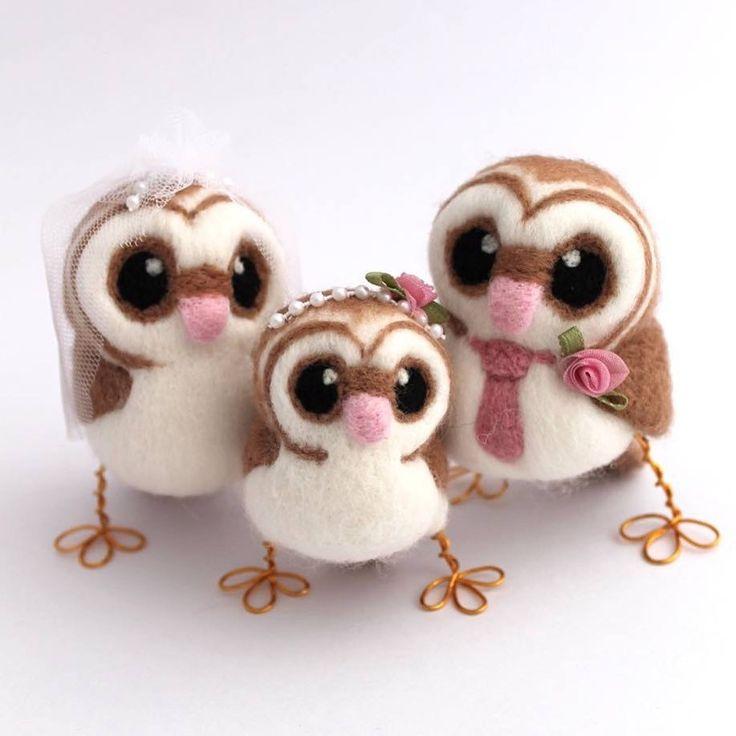 Super sweet custom wedding cake topper barn owls with a little flower girl too, love this custom order so much!