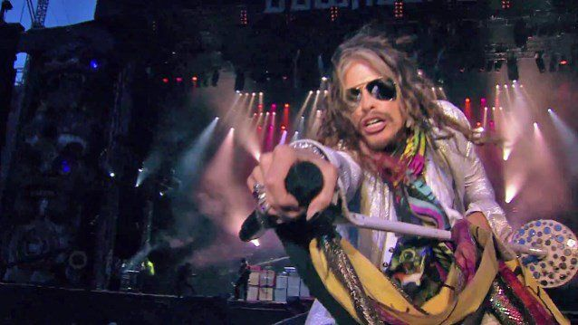 Report: AEROSMITH's STEVEN TYLER To Release Country Album