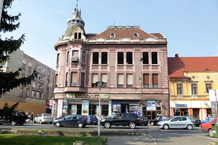 All sizes | Arad, clădire roz P1030401 | Flickr - Photo Sharing!