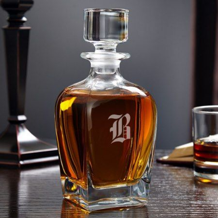 Draper Personalized Whiskey Decanter - tap, personalize, buy right now!