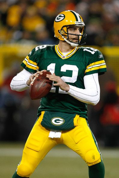 Aaron Rodgers packers | Aaron Rodgers Quarterback Aaron Rogers #12 of the Green Bay Packers ...