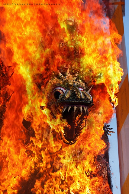 Burning Naga Bandha at Peliatan Ubud | Bali, Indonesia