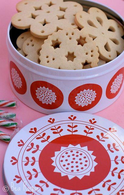 El rincon de Bea - galletitas de encaje (doily biscuits)