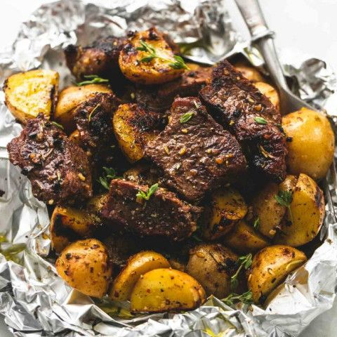 Packets of garlic and potato steak   – Foil Packs