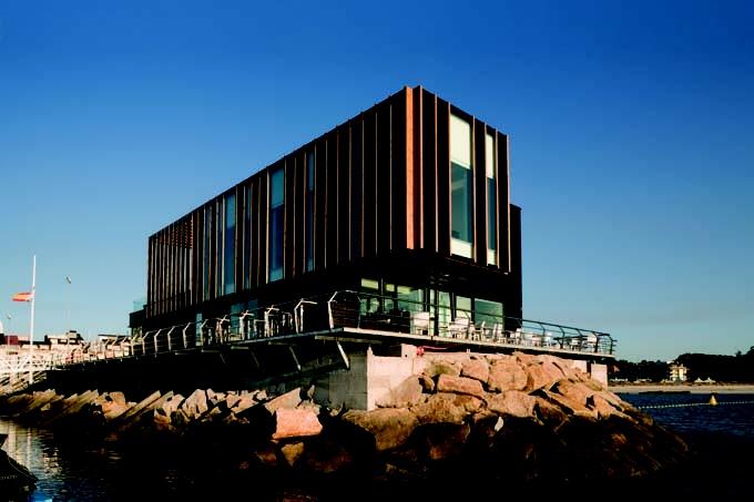 Club náutico de Portonovo: para saber más sobre este proyecto de Diaz y Diaz Arquitectos accede a http://www.galarq.com/edificio-de-servicios-nautico-deportivos-de-portonovo/