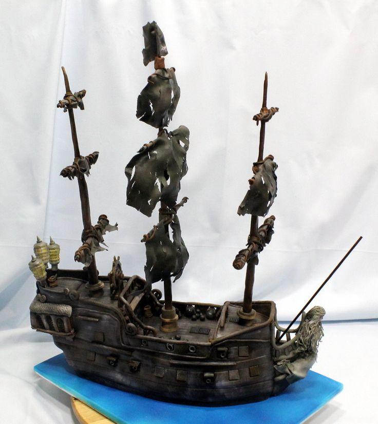 Pirates of the Caribbean Black Pearl cake