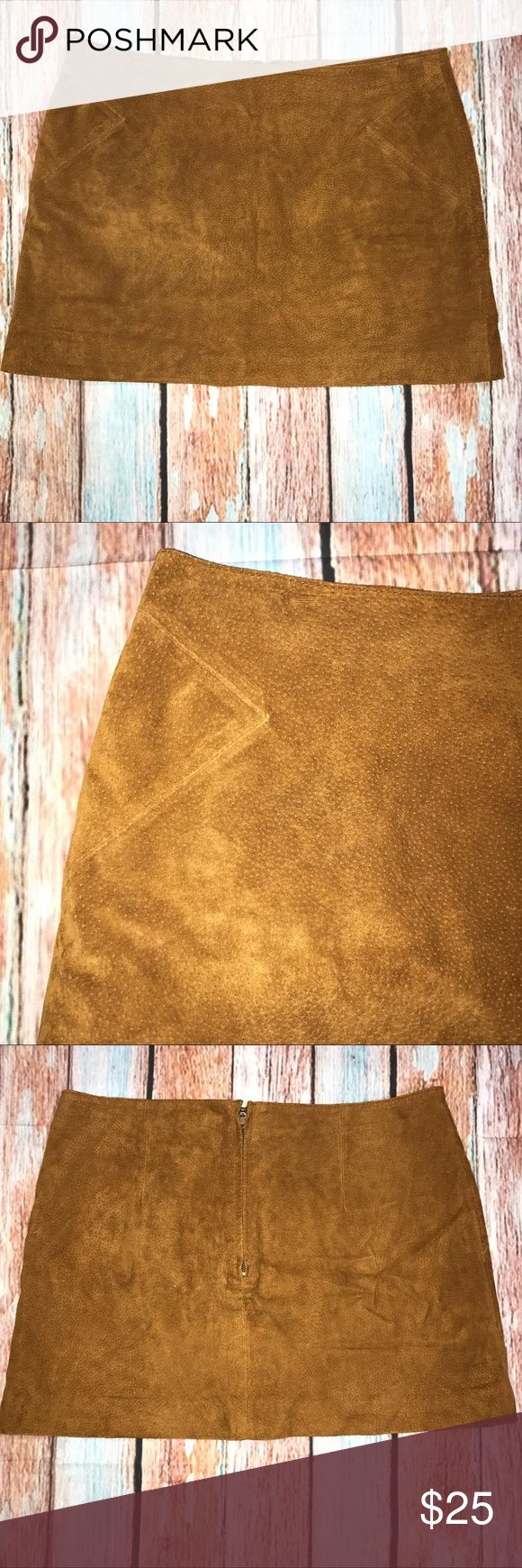 """Forever 21 Brown Suede Micro Mini Skirt Festival Forever 21 Women's Brown Suede Mini Skirt Size L Festival Short Sexy Fully lined 100% pigskin leather waist lying flat - 17"""" length - 14.5"""" Forever 21 Skirts Mini"""