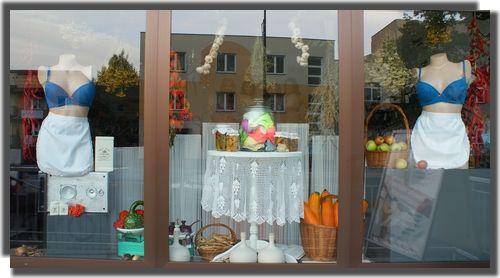 IX.2015 shop vitrine visual merchandising lingerie autumn