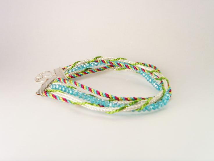 Bracelet argenté coloré fils et perles. : Bracelet par crea-mania