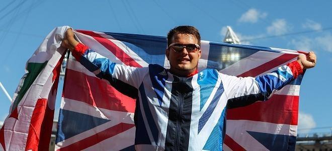 Davies takes discus gold   Team GB