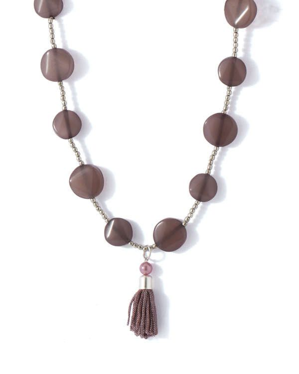 ELEGANT NECKLACE WITH GREY BEADS