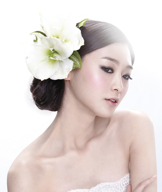 for the outdoor wedding hair & make-up 1 / Korean Concept Wedding Photography - IDOWEDDING (www.ido-wedding.com)