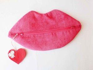 Sew makeup - a kiss!