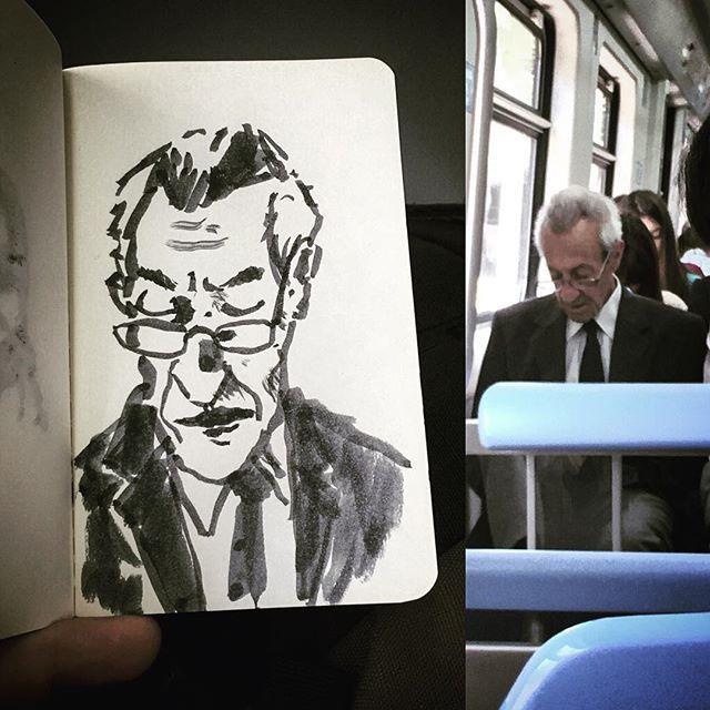 #gentequesedibujaeneltren #sketch #boceto #bocetorapido #sketching #sketchbook #ink #pentelbrush
