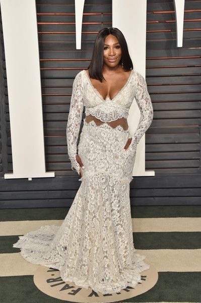Tennis player Serena Williams attends the 2016 Vanity Fair Oscar Party Hosted By Graydon Carter at the Wallis Annenberg Center for the Performing Arts on February 28, 2016 in Beverly Hills, California.