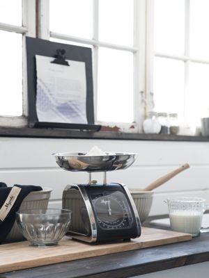 25 best images about cuisine vintage on pinterest metals roses and nostalgia. Black Bedroom Furniture Sets. Home Design Ideas