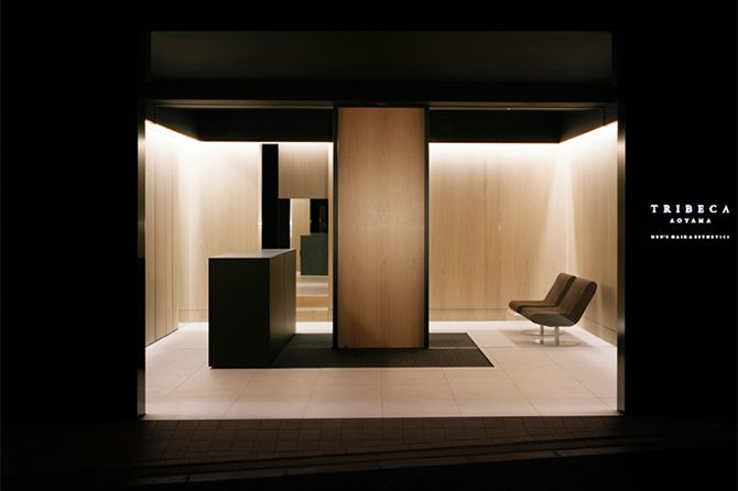 Tribeca Aoyama by Curiosity | beautiful composition and blur of interior and exterior
