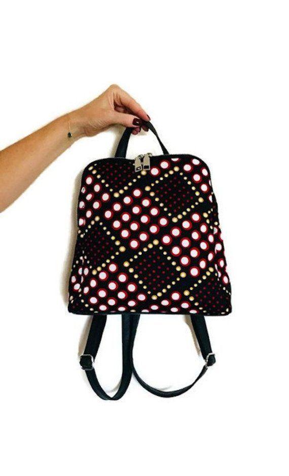 4f043c77538 Sac à dos wax tissu africain imprimé noir et rouge géométrique - sac à dos  fashion femme