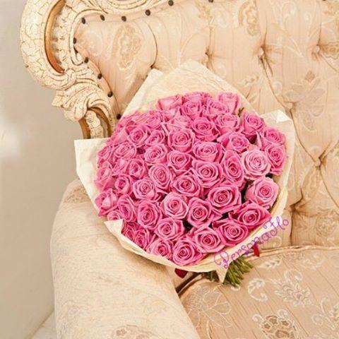 Розовые облачка из роз Аква в сливочной жатке���������� #флористика#persona_flo#вашперсональныйфлорист#доставкацветовмосква#цветы#люблюцветы#flowers#флорист#florist#букет#цветыназаказмосква#красивыецветы#flowersinstagram#flowerslovers#flowerstagram#flowermagic#отрадное#цветыотрадное http://gelinshop.com/ipost/1520086955478828015/?code=BUYbwhBBUPv