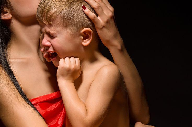 Considerando que essas crises no meu filho tem um fundo fisiológico eu comecei a agir diferente de como eu agia, ou seja, usando a terapia do abraço.