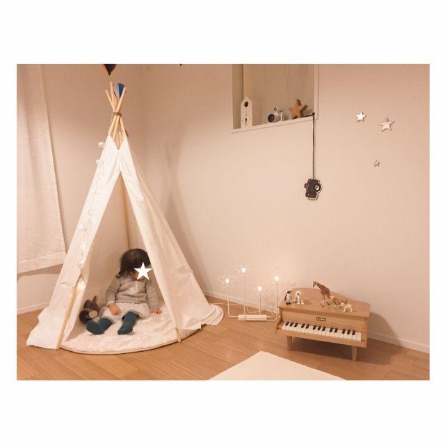 mocoさんの、部屋全体,無印良品,IKEA,鳩時計,キッズルーム,女の子の部屋,こども部屋,Muji,シュライヒ,無印良品の家,子供部屋女の子,ミニピアノ,気球モビール,こどもと暮らす。,ig⇨moco_0806,無印良品の家_木の家,のお部屋写真