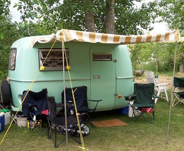 Travelettes 10 Gorgeous Trailer Campers Camp TrailersTiny TrailersTravel TrailersVintage