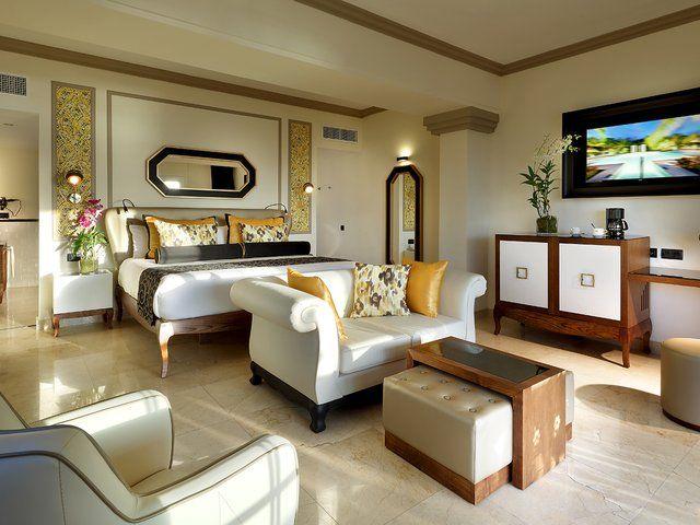 Grand Palladium Lady Hamilton resort and spa. Palladium hotels and resorts, hotels in Jamaica.