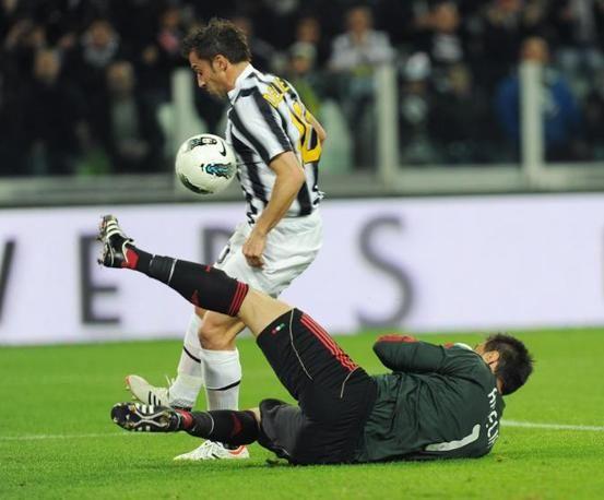 Juventus in vantaggio! Alex Del Piero! 1-0 (Juventus - Milan 2012)