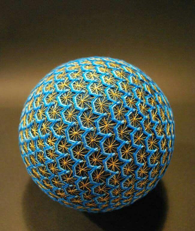 Temari sphere