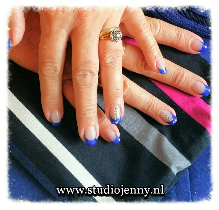Heb je een speciale gelegenheid? Neem je outfit mee naar de salon en je nagels worden er perfect op afgestemd! - Door Studio Jenny