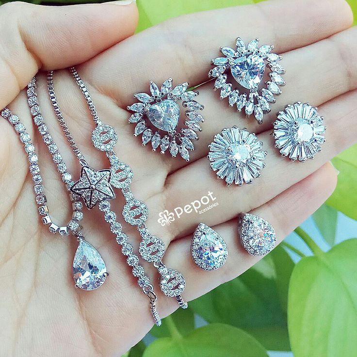 Mix lindo cor prata com pedras transparentes de zircônias 😍   Visite nosso site http://pepot.com.br e confira como comprar com descontos de até 40%⭐  #brincos #bijuterias #pulseiras #colares