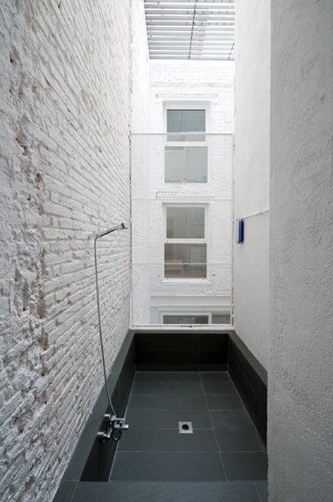 INFILL HOUSE , Barcelone, 2012 - Habitan Architecture