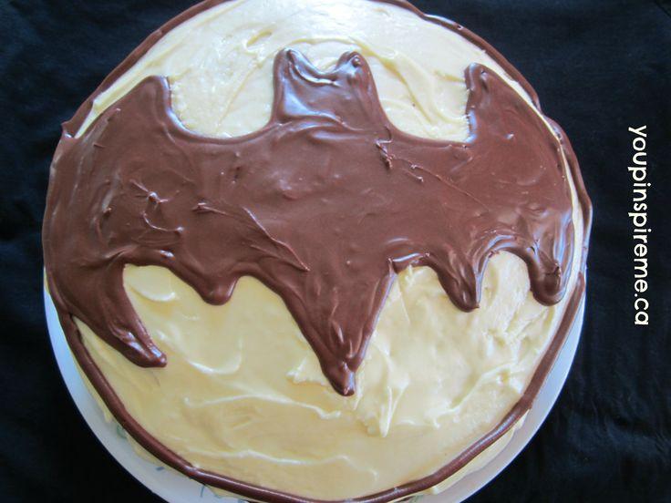 Easy Batman Cake #theultimateparty – Week 3