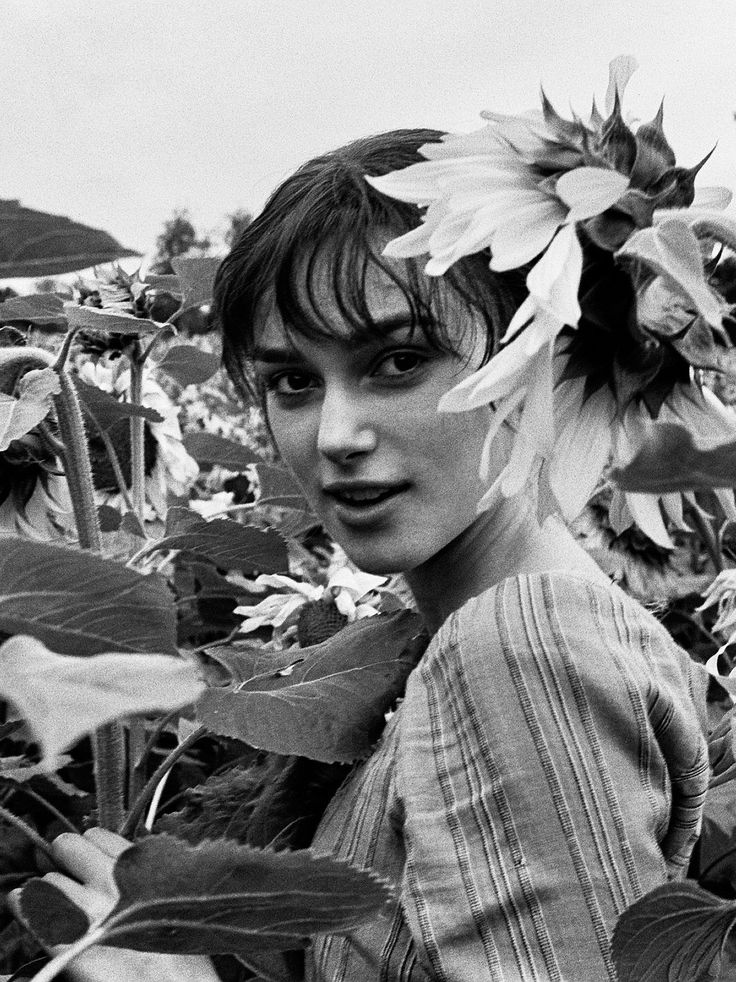 Keira Knightley on the set of Pride and Prejudice 2005.