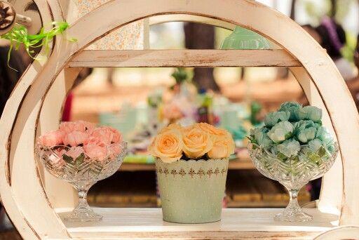 Um lindo detalhe da mesa do bolo