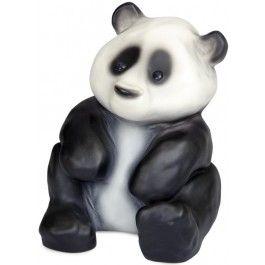 Heico, Lamp panda Figuurlamp van het Duitse merk Heico in de vorm van een panda. Deze schattige vintage lamp geeft een zachte sfeerverlichting, net genoeg om kleine kinderen een heerlijke nachtrust te bezorgen.  De kindvriendelijke lampen van Heico zijn gemaakt van stevig kunststof, ze kunnen wel tegen een stootje. #heico #lamp #verlichting #sfeerlamp #kinderkamer #babykamer #panda #pandabeer #zwartwit #engeltjesendraken #leiden