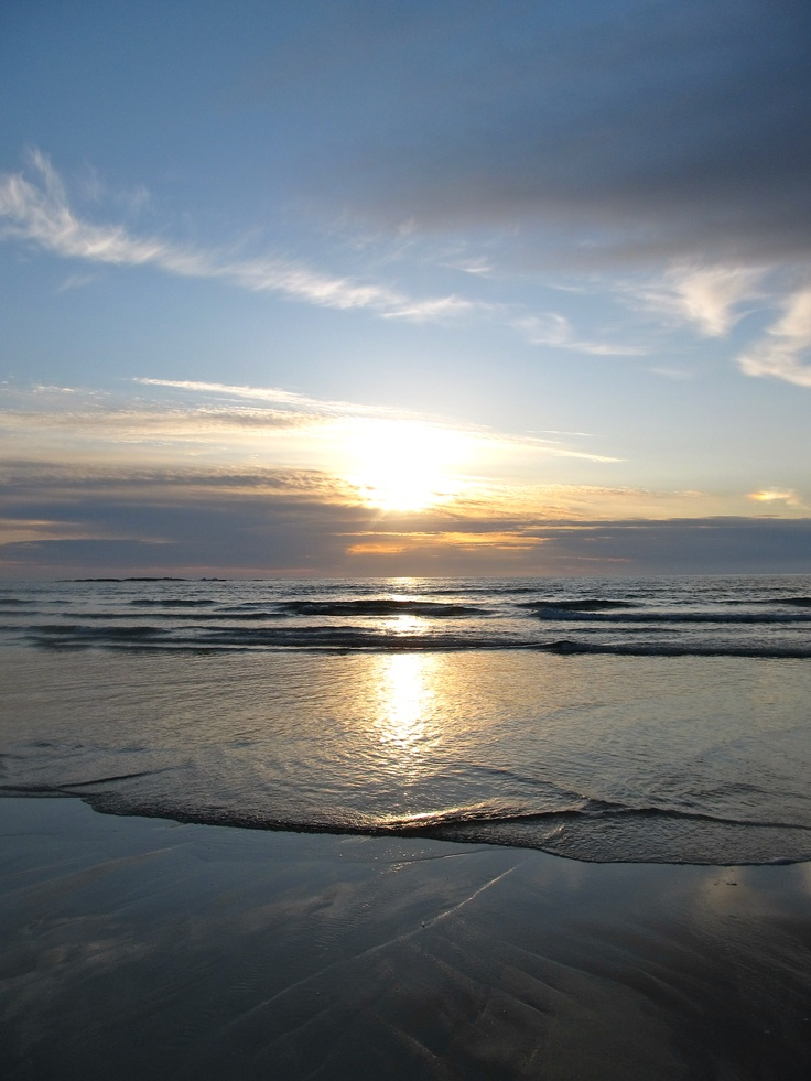 A beautiful sunset on a Cornish beach #sea #coast #sky #sunset
