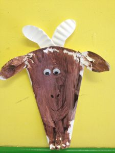 paper plate goat craft Three Billy Goats Fluff