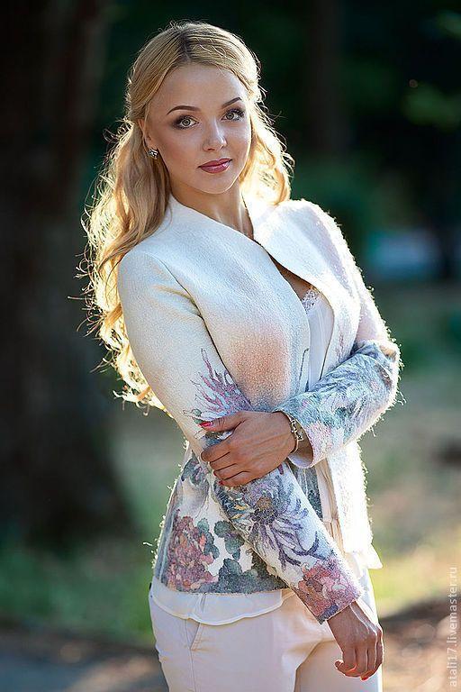 Купить Жакет Оливия-войлок - белый, цветочный, жакет из войлока, жакет валяный, валяная одежда