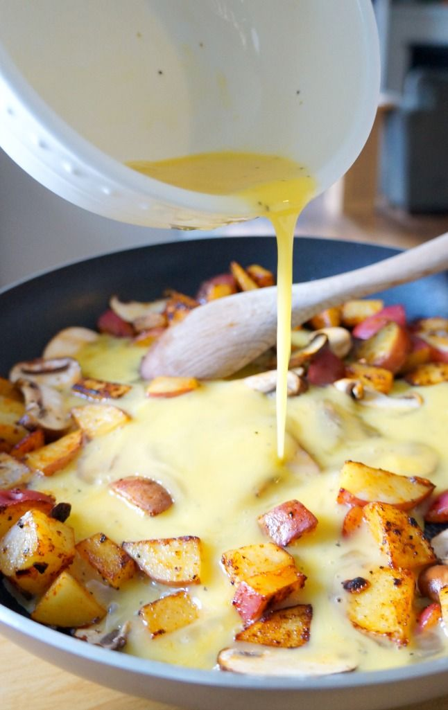 One-Pan Breakfast Quesadillas for Two   tomatoboots.co   #brunch #veggiestuffed #addwhatyoulove