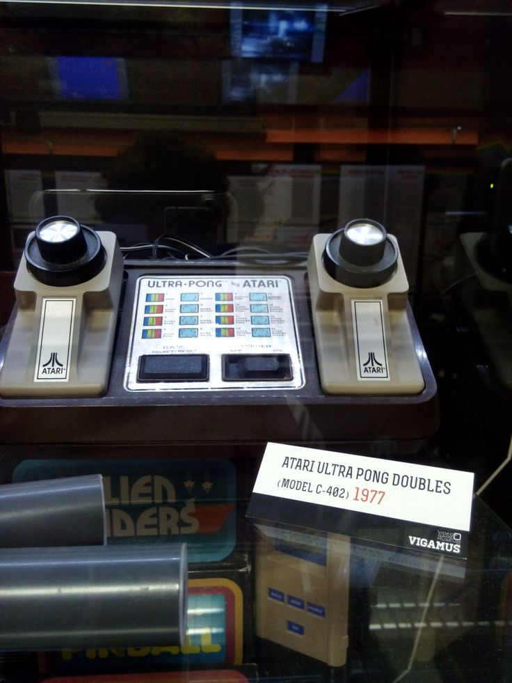 Atari Pong, si attacca alla tv e si gioca a pong