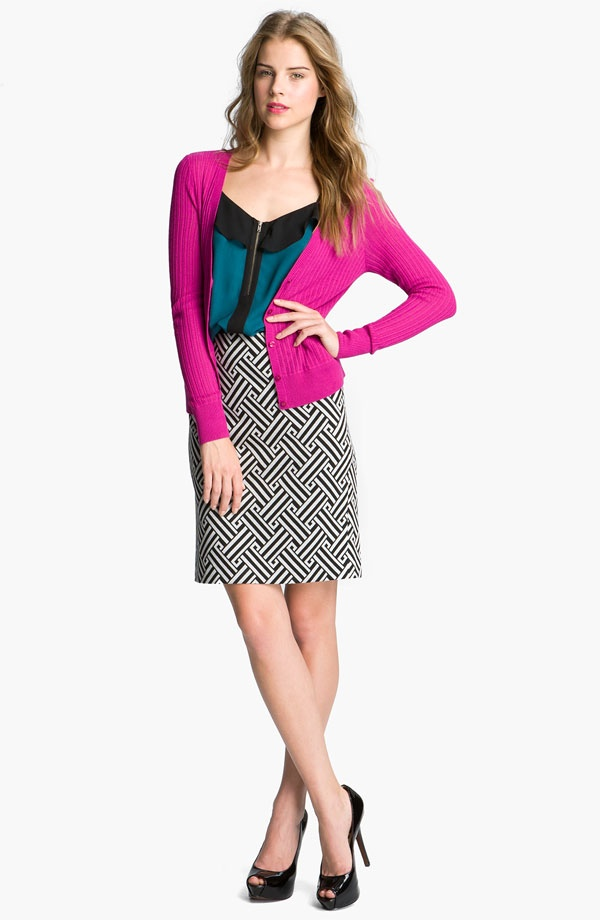 Halogen® Ponte Pencil Skirt, V-neck Cardigan, & Ruffled Zip-front Tank #Nordstrom #AugustCatalogRuffles Zip Front, Tanks Nordstrom, Girls Skirts, Beautiful Skirts, Diy Skirts, Colors Block, Pencil Skirts, Work Outfits, Ponte Pencil