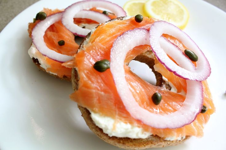 Homemade Lox- easier than you think!Seafood Recipe, Eating Seafood, Homemade Lox, Bagels Brunches, Breakfast, Nom Nom, Seafood Fish, Wanna Eating, Jewish Recipe