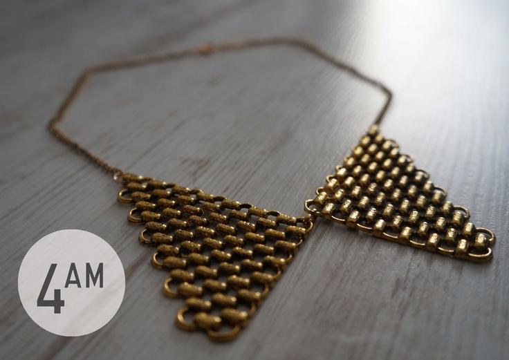 collar #4AM