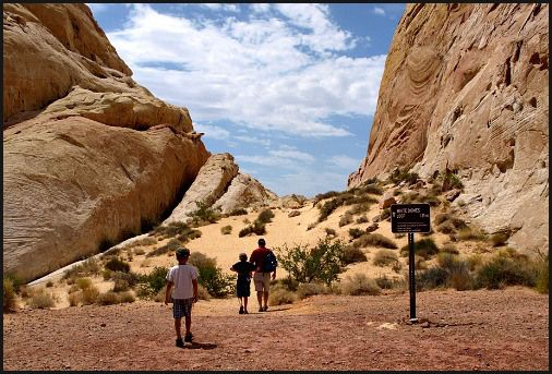 7 Sure-Fired Sites Worth The Drive to Valley of Fire State Park Nevada