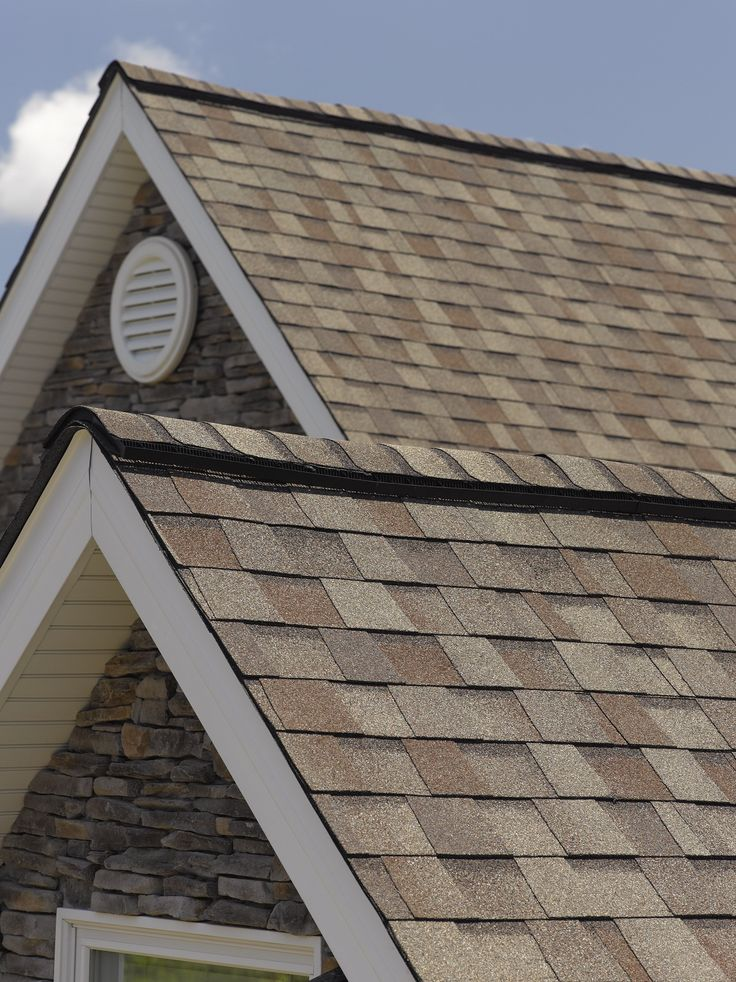 CertainTeed's designer #shingle Landmark shown in Weathered Wood