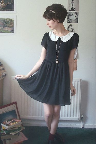 Really part of my style- Very romantic look with cute short hair and peter=pan collar dress