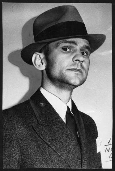 "Melvin Purvis of the FBI is famous for catching John Dillinger and ""Pretty Boy"" Floyd."