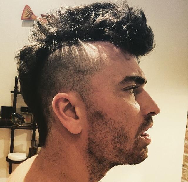 Frisur Manner Iro Frisurentrends Frisuren Manner Irokese Irokese