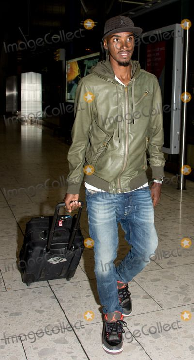 Mo Farah at Heathrow